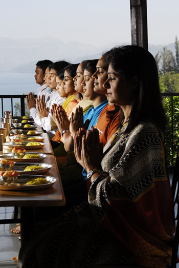 Prayers before the Meal